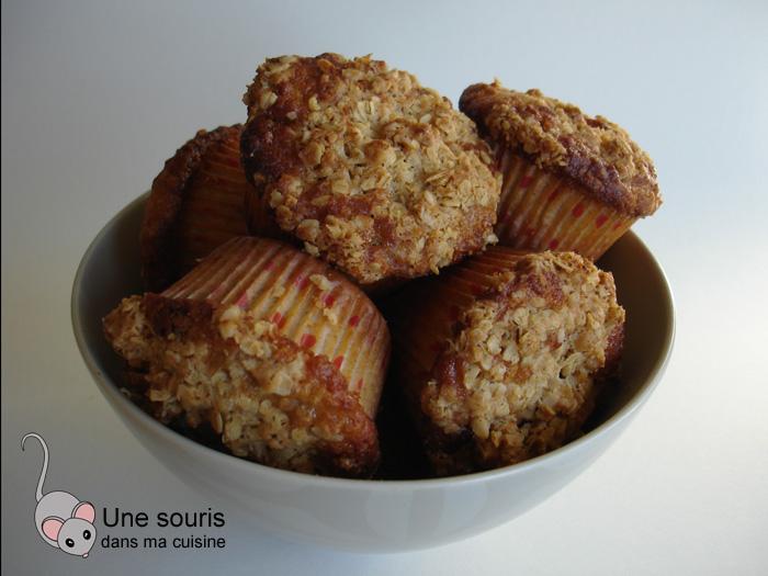 Muffins aux raisins et aux canneberges