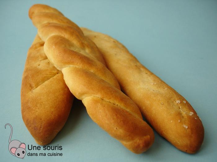 Bâtonnets de pain au sel et au poivre