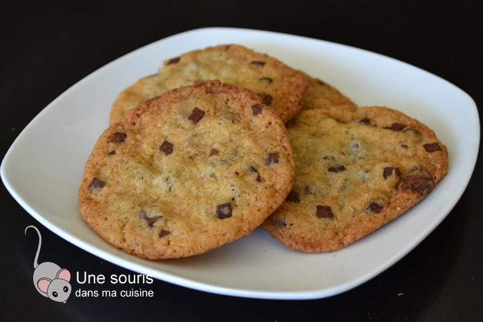 Biscuits aux brisures de chocolat du congélateur au four