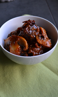 Boeuf bourguignon et sa garniture au bacon