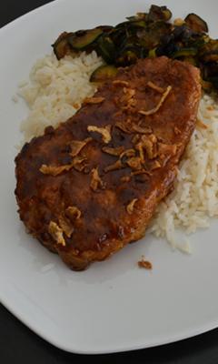 Côtelettes de porc au miel et à la sauce soja
